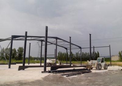 Charpente métallique en construction