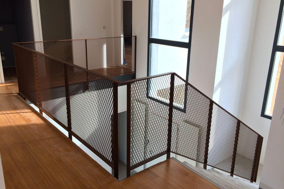 nos garde corps et mains courantes vos alli s s curit. Black Bedroom Furniture Sets. Home Design Ideas