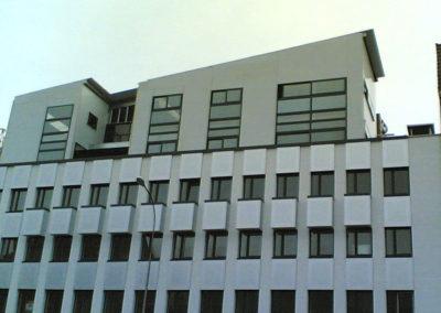 Surélévation de bâtiment en stucture légère métallique après habillage